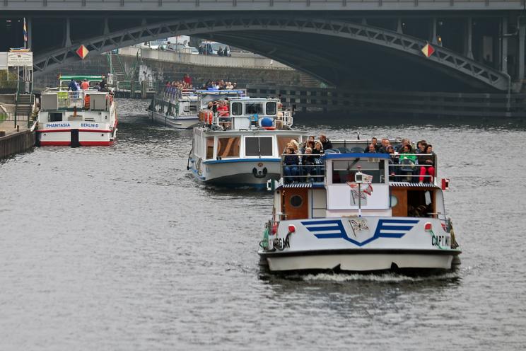 Bootstouren auf der Spree in Mitte, 2014
